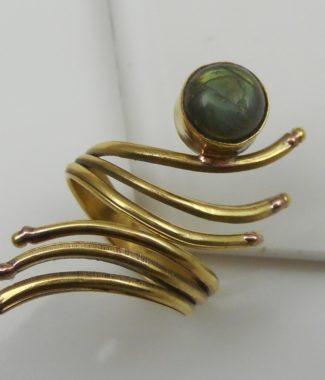 ring025
